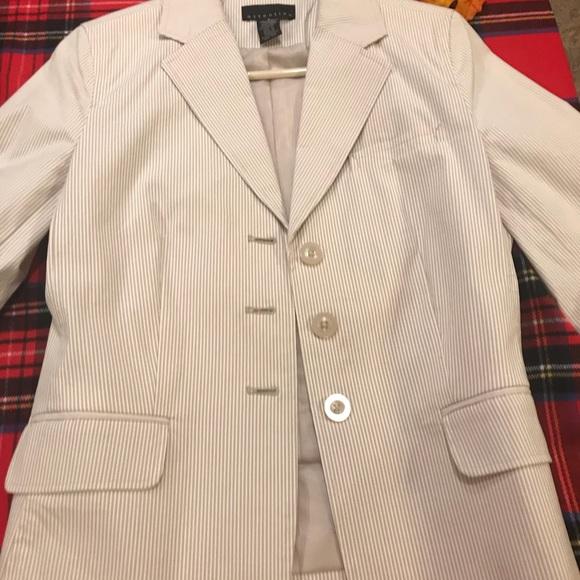 cb22e42969 Apostrophe Jackets   Coats